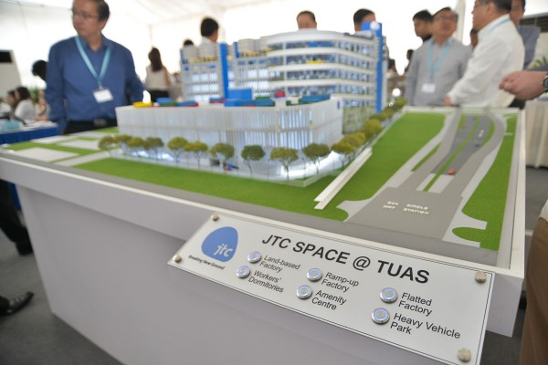 11th-February-2015---Groundbreaking-of-JTC-Space-@-TUAS-227a