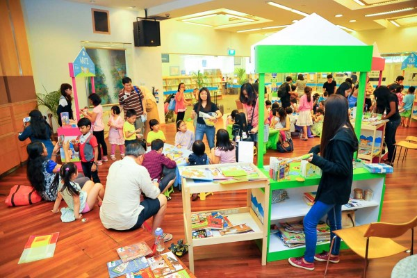 7th-Feb-2015-Early-Read-Carnival-@-Woodlands-Regional-Library-104